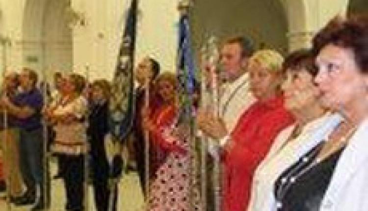 La Casa de Melilla en Sevilla canta a la Blanca Paloma