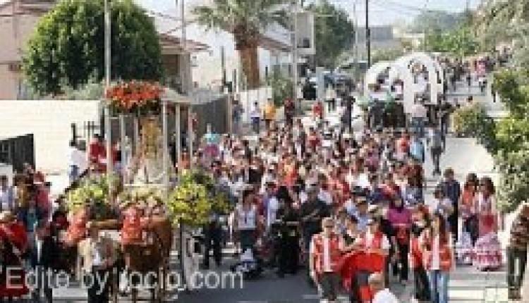 Los vecinos de El Raal celebran el próximo domingo la romería de la Virgen del Rocío