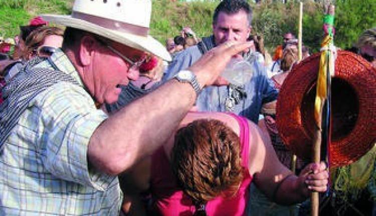 Más de 350 romeros garrucheros viajarán hasta el Rocío