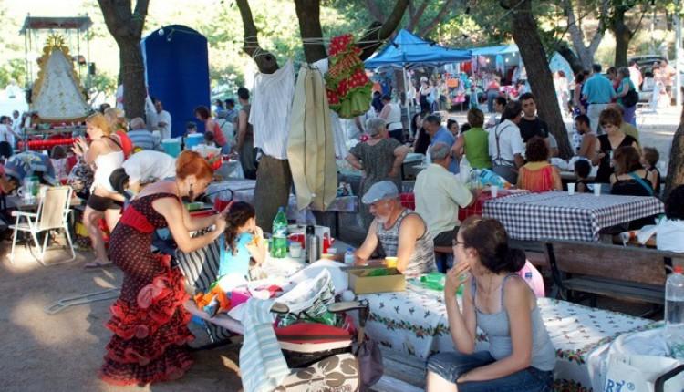 Éxito de asistentes a la romería rociera de Móstoles