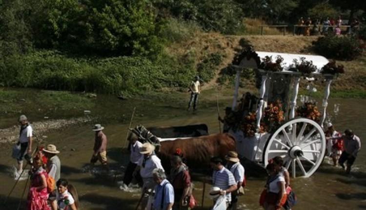 Trabajos para que los caminos de El Rocío estén listos para la romería