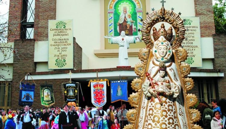 Romería de La Asociación Rociera de Pérez Nuestra Señora del Rocío