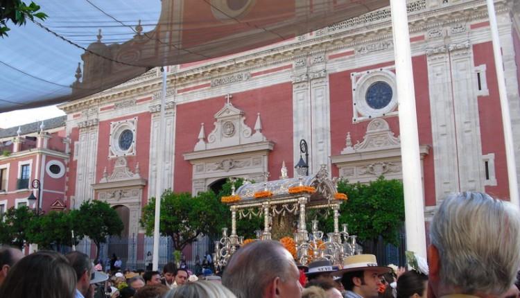 Hermandad de Sevilla El Salvador – Salida