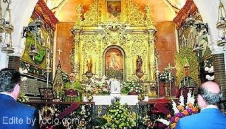 Hermandad de Huelva – Flores a la Virgen de La Cinta