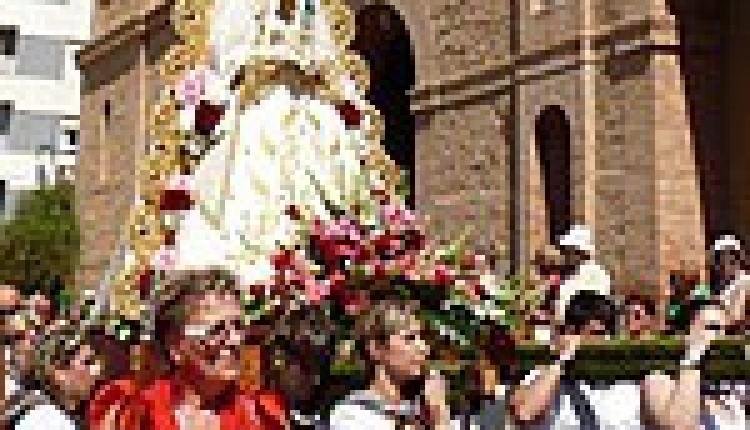 Torrevieja – La Asociación Virgen del Rocío celebra el Día del Romero