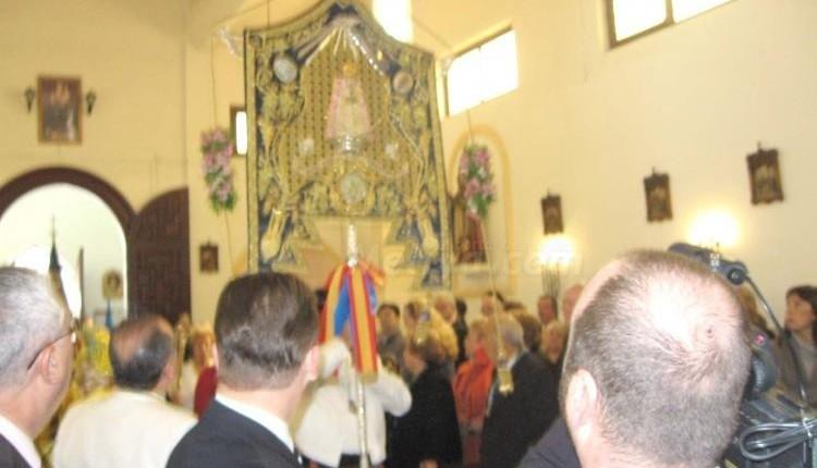 Simpecado de la Hermandad del Rocío de Melilla, una obra de arte