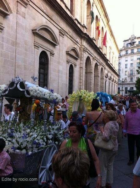 Ante el Ayuntamiento de Sevilla