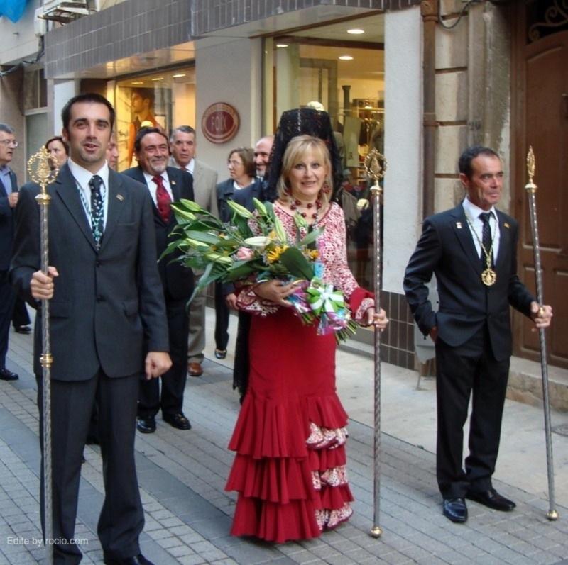 Presidente, la presidenta de las camareras y el rociero mayor 2011