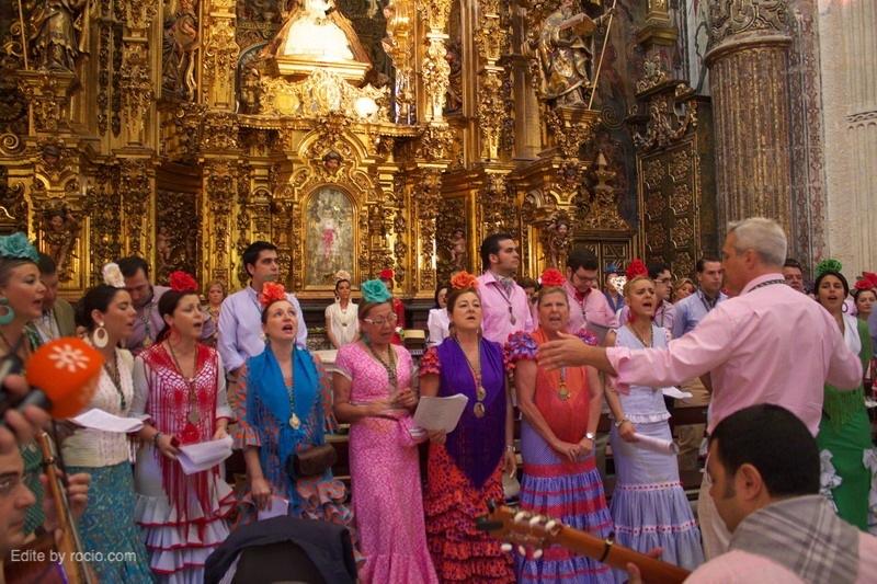 Coro de la Hermandad - con nuestra amiga Magui, Miembro del Foro -  dirigido por Jose Luis Prado