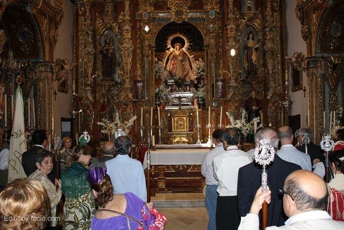 Ante la Patrona, la Virgen de la Paz