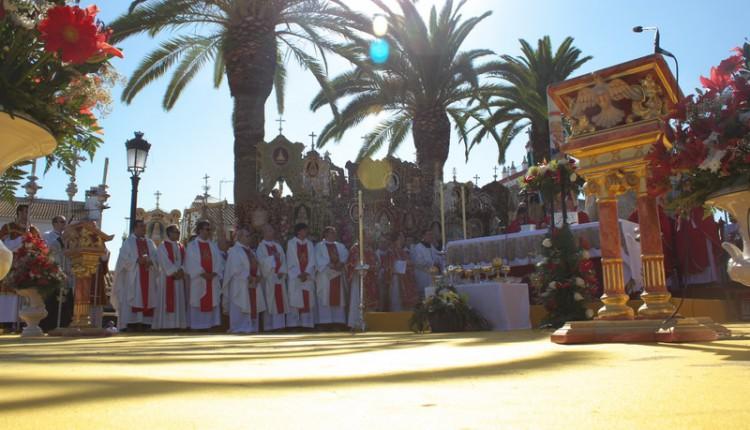 Santa Misa de Pentecostés en DIRECTO desde la Aldea de El Rocío