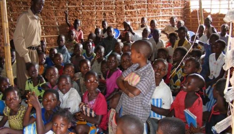 Primera Propuesta Ofrenda del Foro 2013 – Guardería Virgen del Rocío en el Congo