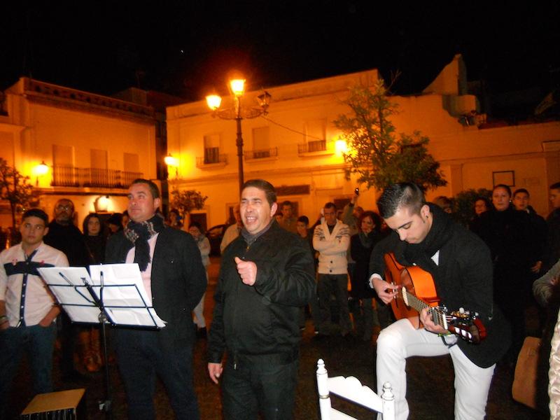 El Grupo Aires Nuevos cantando la Salve