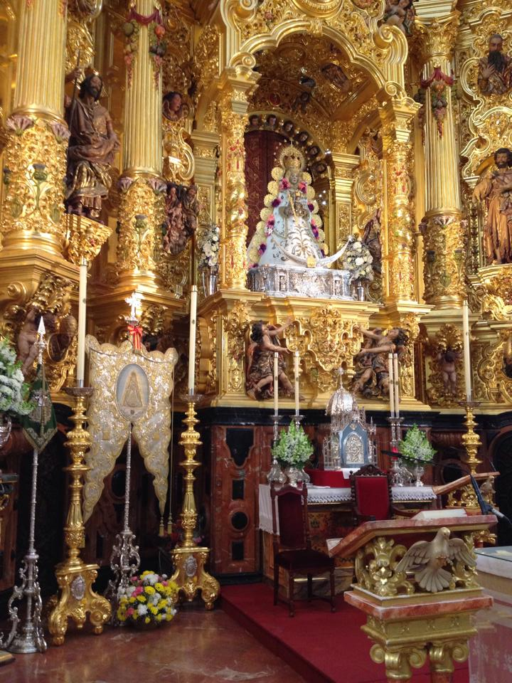 La Virgen te está esperando (Foto de Manuel Romero)