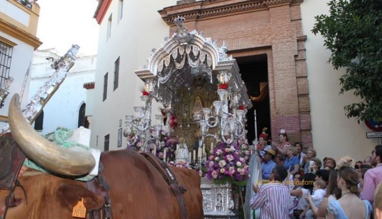Fotos Salida de la Hermandad de Sevilla-Macarena 2014