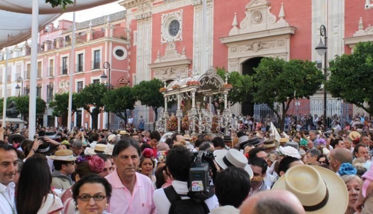 Fotos Salida Hermandad de Sevilla – El Salvador  2014