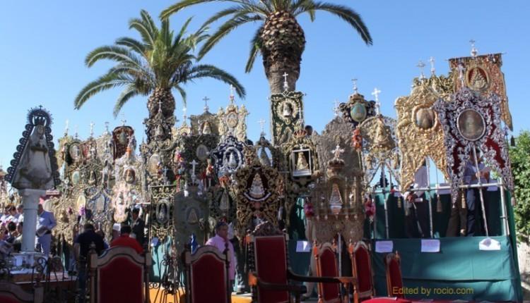 Simpecados en la Misa de Pentecostés del 2014 en la aldea del Rocío