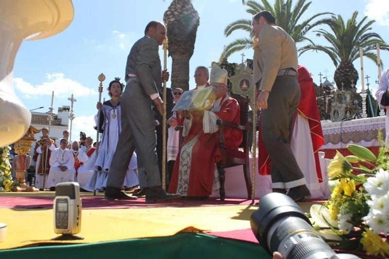 El Presidente y Hno. Mayor de la Hdad. Matriz en el acto de la Jura
