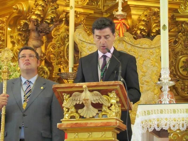 El Secretario de la Hdad. Matriz, Don Santiago Padilla,  en la lectura del Acta del juramento del voto del Rocío Chico de 1813