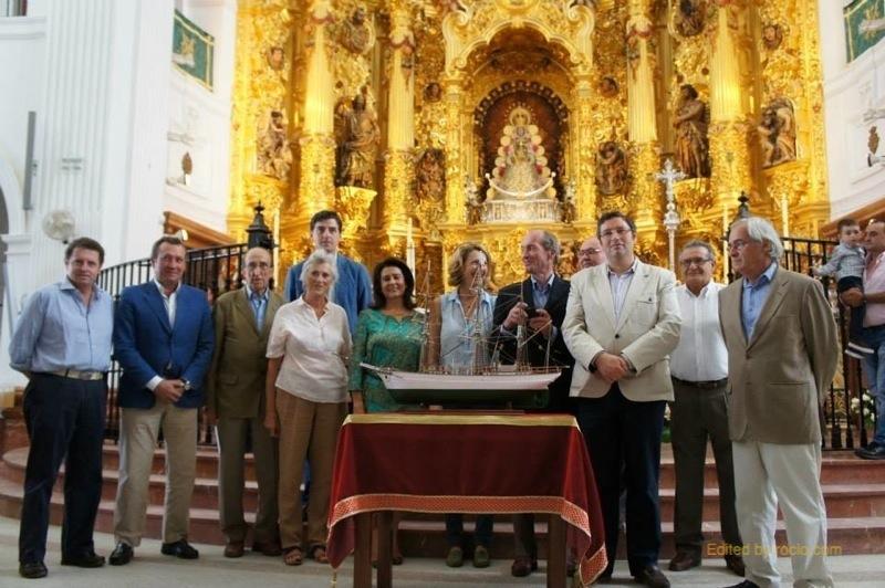 Acto de presentación en el Santuario del Rocío de la réplica restaurada de la corbeta
