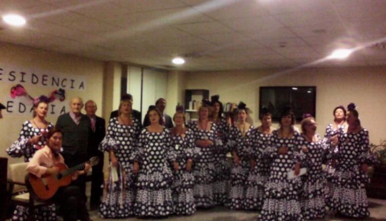 Hermandad de Torrejón de Ardoz – Actuaciones del Coro en Residencias de Mayores.
