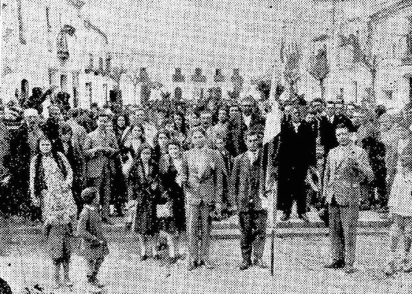Almonte, los peregrinos de Carrión de los Céspedes en 1930, Foto Gráfica Sanluqueña