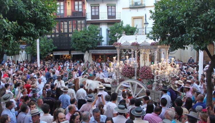 Entrada de la Hermandad de Sevilla El Salvador 2015
