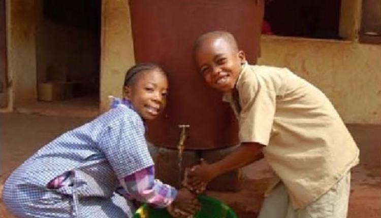 Primera Propuesta Ofrenda del Foro 2015: Agua de Rocío para Sierra Leona