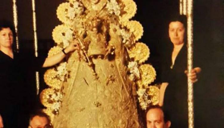 Foto de La Virgen de 1986 tras el fallecimiento de la camarista Ana González