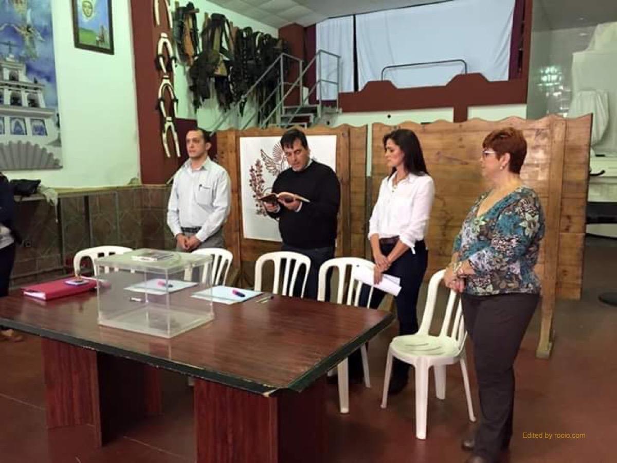 Las Cabezas-1.Rezo previo Mesa Electoral.