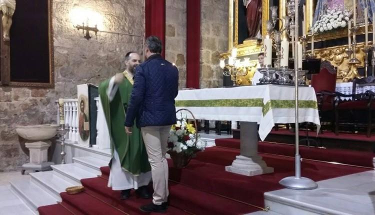 Pro-Hermandad de Jamilena – Imposición de la medalla al nuevo párroco D. José Antonio Sánchez Ortiz
