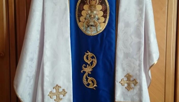 Hermandad de San Sebastián de los Reyes – Bendición Casulla con la imagen de Ntra. Sra. del Rocío