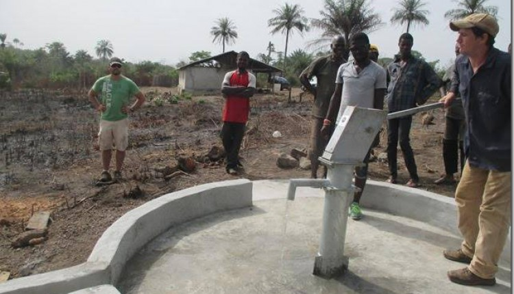 Ofrenda del Foro 2015 – Nuestro Pozo en Sierra Leona está ¡TERMINADO!