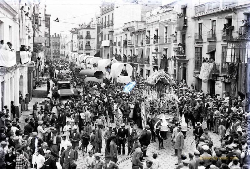 Triana por la Calle Castilla