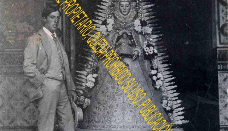 Una Foto Peculiar de la Virgen del Rocío por Javi el Almonteño