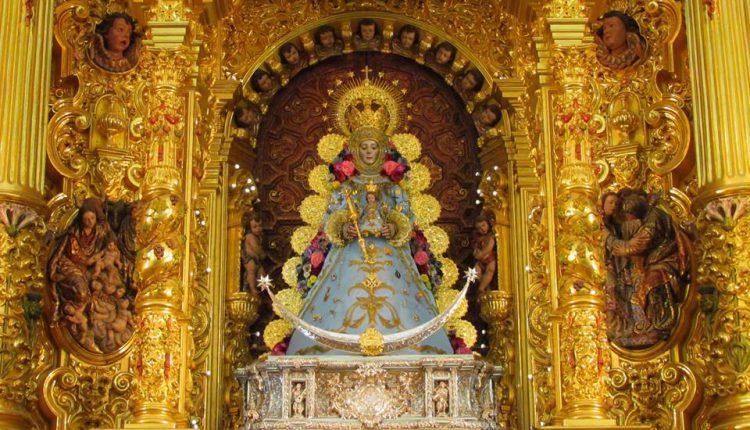 Así luce Ntra. Sra. La Virgen del Rocío para la Inmaculada 2016
