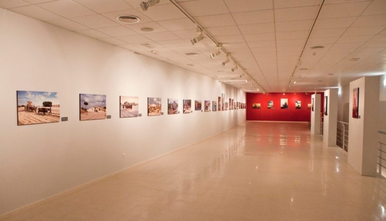 Solicita la Exposición «Rocío Jubileo de Luz» de Ramón León para tu Hermandad