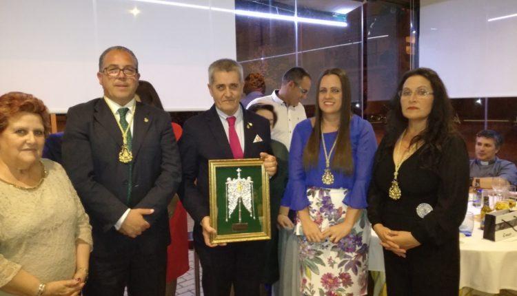 Hermandad de Isla Cristina – Homenaje al Pregonero Rafael Medero