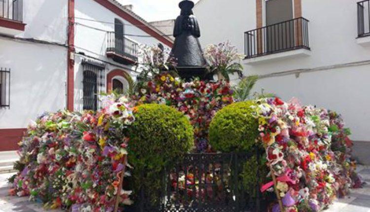 Ofrenda Floral de los Niños Almonteños a su Madre, la Virgen del Rocío