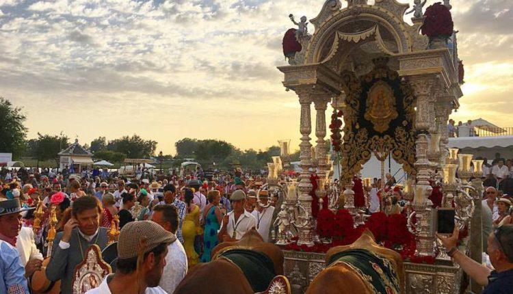 Novena a Ntra. Sra. la Virgen del Rocío – Tercer día 16 de mayo de 2021
