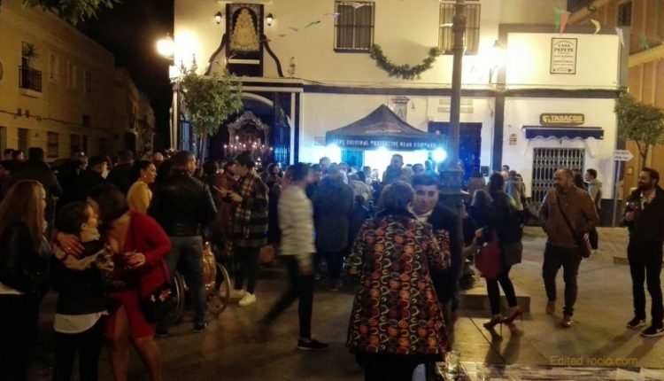 Hermandad de Isla Cristina – AMBIENTE NAVIDEÑO EN LA ZAMBOMBA DE LA HERMANDAD