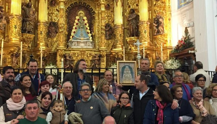 Ofrenda del Foro de Rocío.Com 2017 – Fotos de la Entrega en el Santuario del Rocío