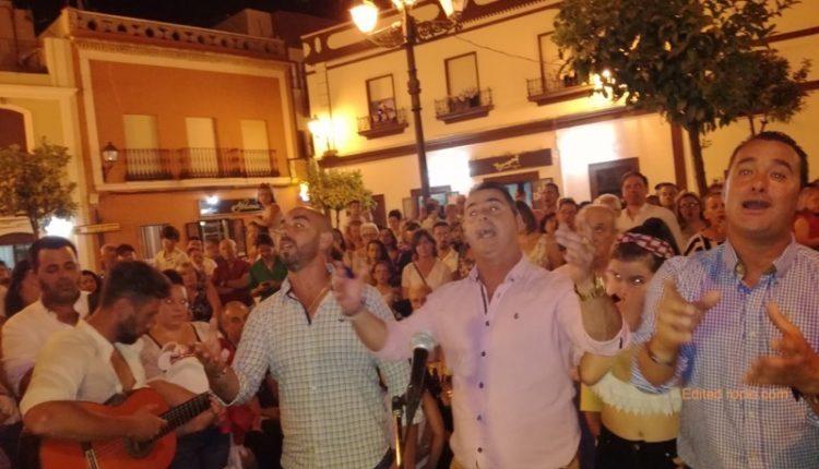Hermandad de Isla Cristina – ¡»KALANDRAQUE» Y LUCÍA TOLEDO CANTAN LA SALVE!