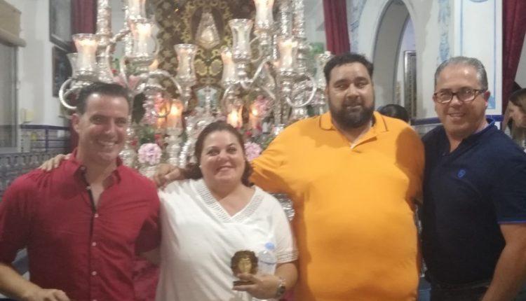 Hermandad  de Isla Cristina – José Manuel Villalta, Mª Carmen Verdún y José Antonio Monclova cantan la salve!