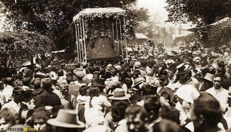En la procesión de la Virgen, el pueblo de Almonte es soberano por Juan Ignacio Reales