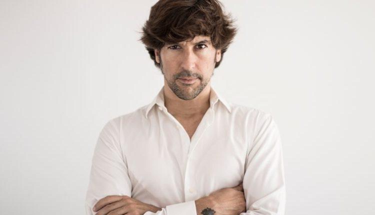 Hermandad de Coria del Río – D. Manuel Vázquez Lombo  Pregonero del Rocío 2019