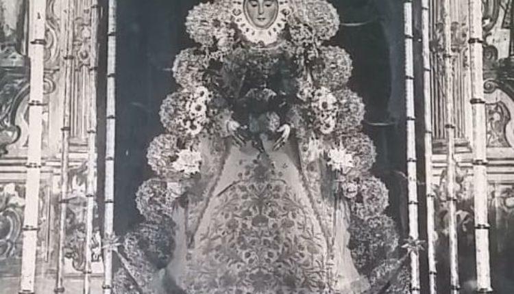 Una foto histórica: La Virgen del Rocío en 1919