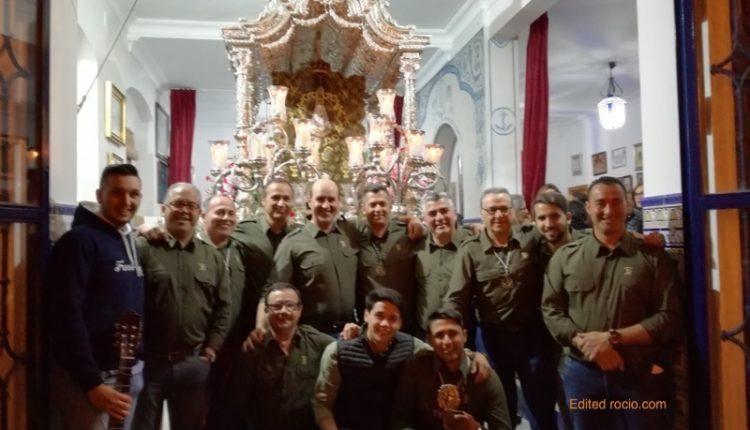 """Hermandad de Isla Cristina – """"Los Locos del Camino"""" cantan la Salve"""