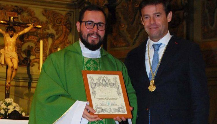 Hermandad de Málaga La Caleta – D. El sacerdote rondeño, Salvador Aguilera Pregonero del Rocío 2019