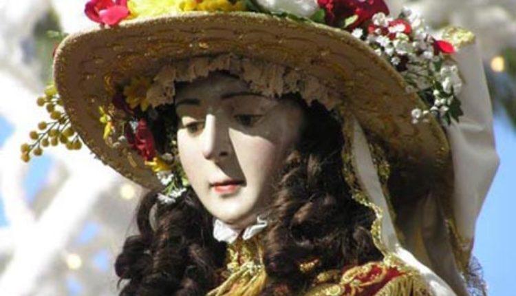 Traslado de la Virgen del Rocío a Almonte en 2019